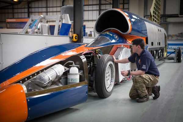 bloodhoundprojectsupersoniccar